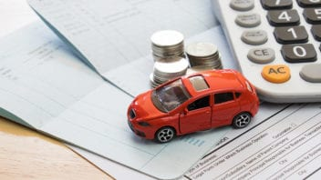 Jak zaoszczędzić na ubezpieczeniu samochodu w Holandii?